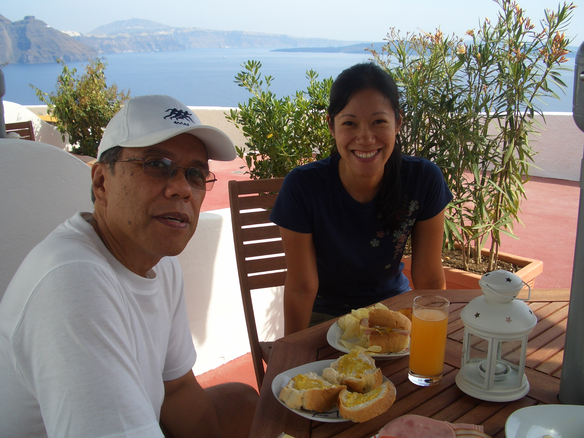 dad and steph having lunch