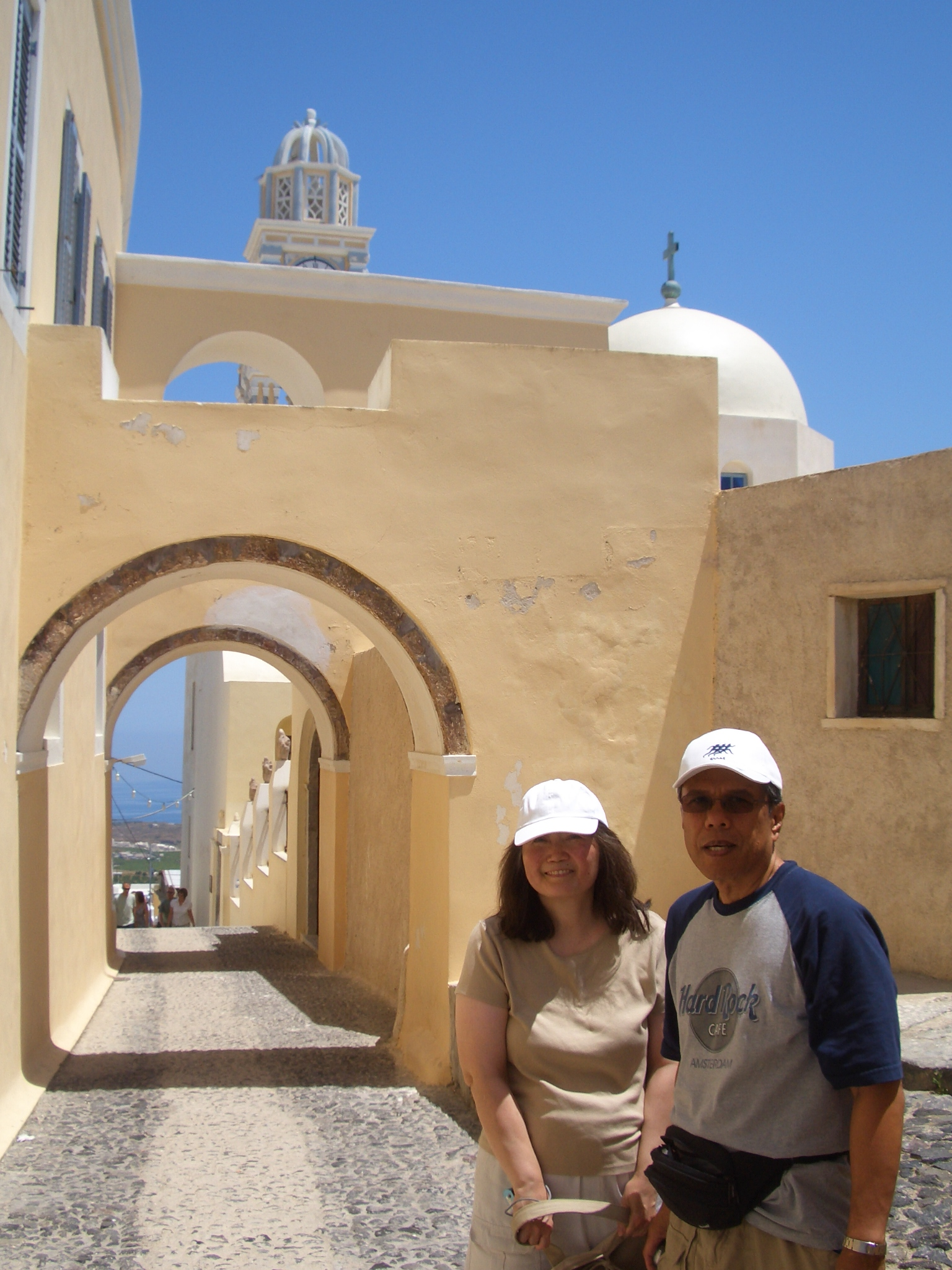 mom and dad in fira