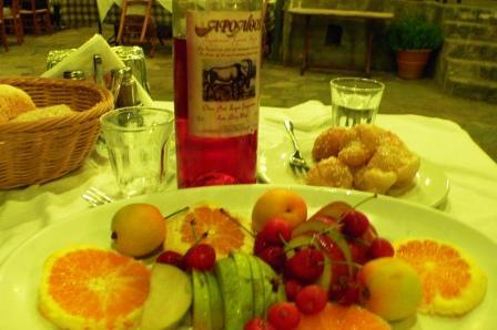 Arolithos Cretan dinner